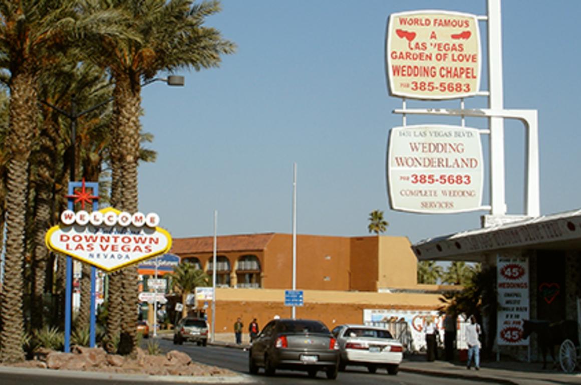 A Minister And Rabbi Walk Into Vegas Wedding Chapel