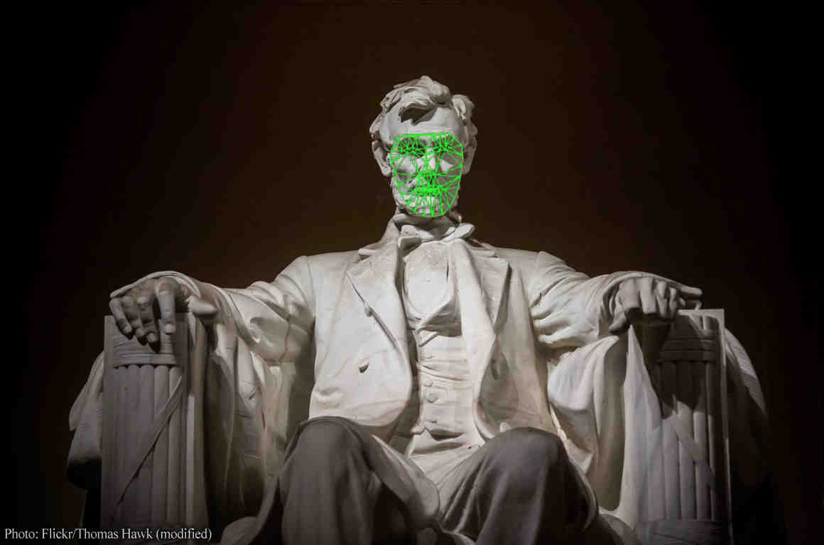 Lincoln memorial statue with face recognition analysis on his face