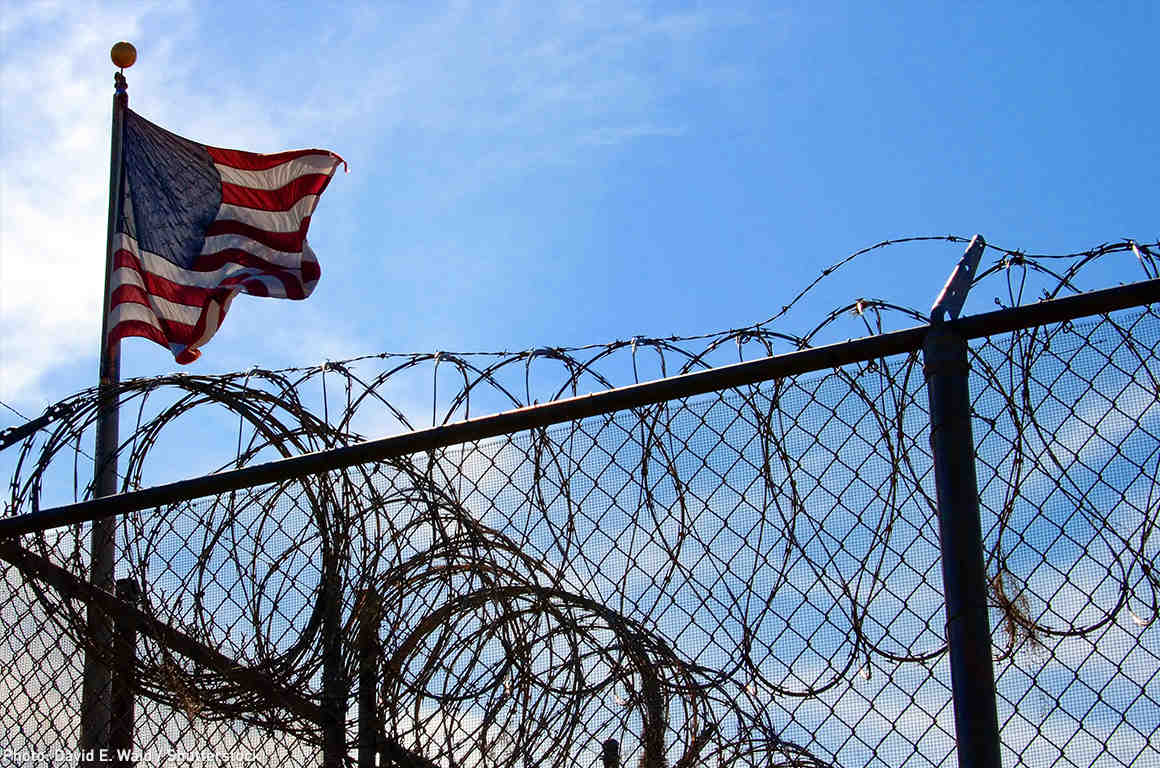 Barbed Wire Image Trump - WIRE Center •