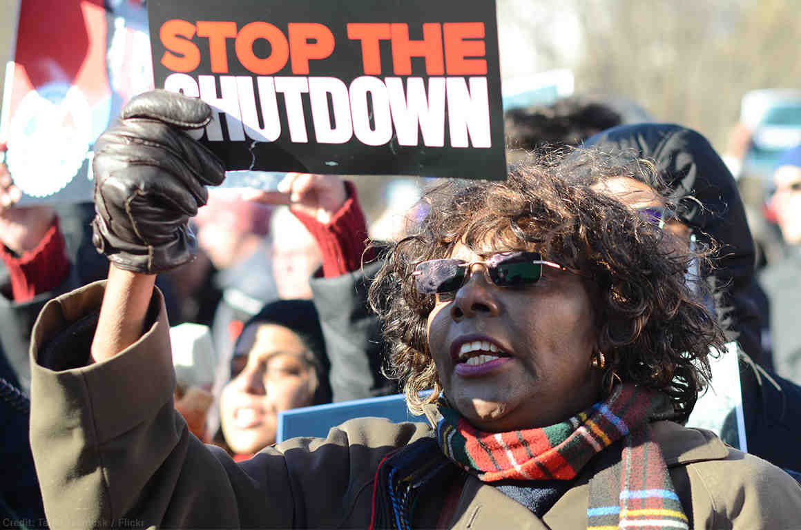 Hundreds rally at the White House for an end to the government shutdown