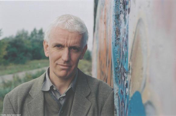 Steve Crawshaw