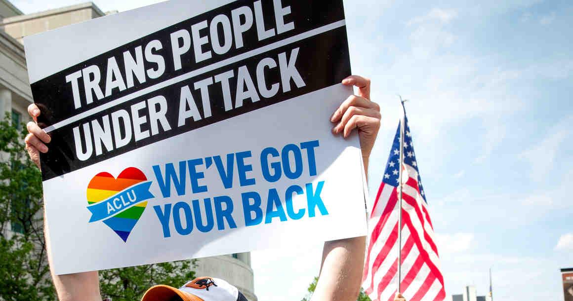 Thanks, President Obama, for protecting transgender rights!